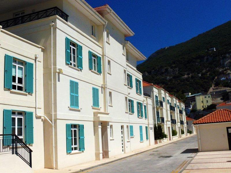 Dextrouse House Image
